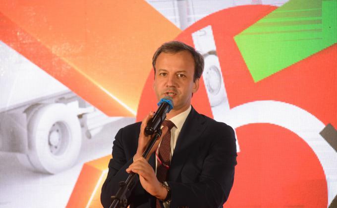 Дворкович открыл логистический центр X5 Retail Group на Урале