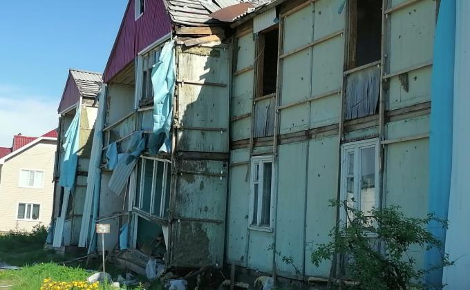 Аварийные дома в Мегионе