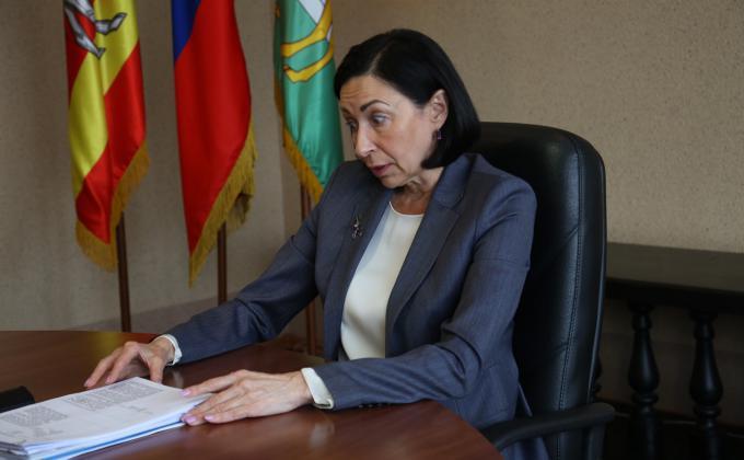 Экс-глава Челябинска открыл СКР и ФСБ двери в кабинеты администрации Котовой