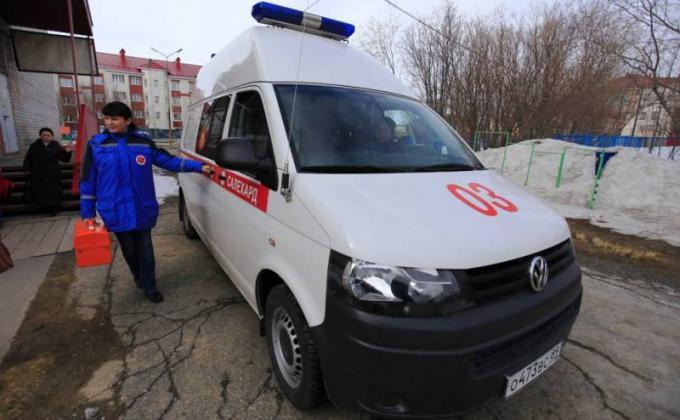 Власти ЯНАО не справляются с недоступностью скорой помощи
