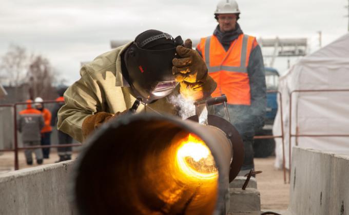 Власти Екатеринбурга разыскивают в фонде капремонта 24 млрд рублей. Схема теплоснабжения подорожала на 5%