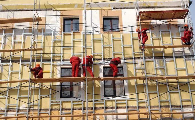 Фонд капремонтов ХМАО провалил работу. Депутаты из города «ЛУКОЙЛа» требуют экстренного вмешательства
