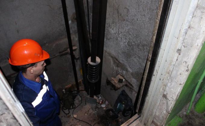Фонд капремонтов готовит полумиллиардные вливания в лифты Магнитогорска