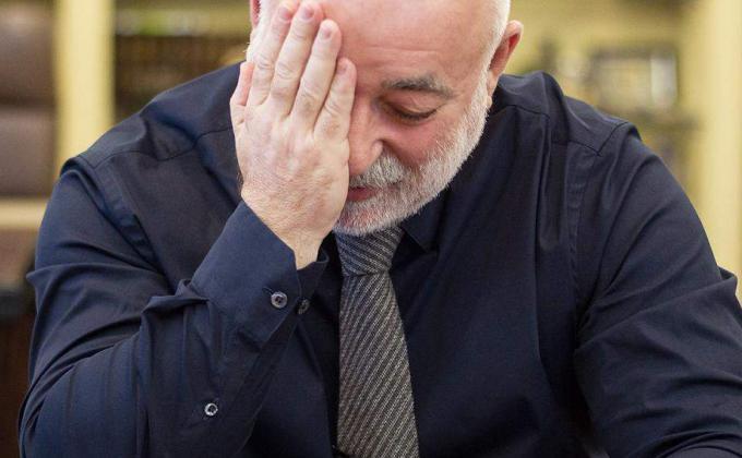 КУМЗ Вексельберга несет убытки в судах