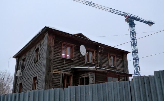 Чиновников ЯНАО обвиняют в фальсификации расселения аварийного жилья и строительства соцобъектов