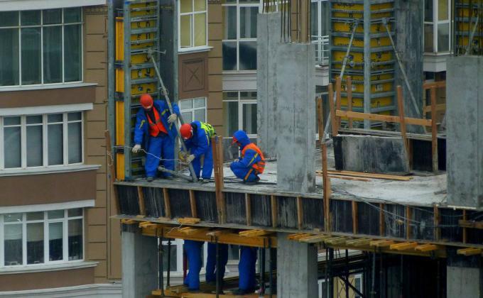 Свердловских бизнесменов выгнали на рынок труда