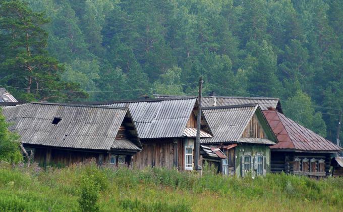 Десятки тысяч жителей Зауралья продолжают выживать в средневековых условиях