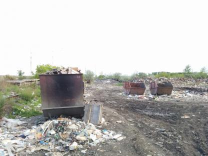 Бункеры для отходов в Кургане, улица Стройбаза, 9