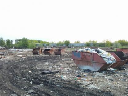 Бункеры для отходов в Кургане, улица Стройбазы