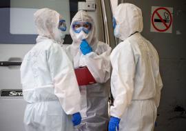 СКР начал  проверку по невыплате медикам Курганской области премий за работу с больными COVID-19