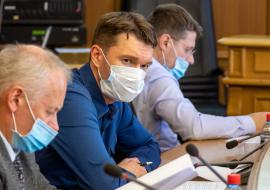 Депутат Вихарев попросит у властей Свердловской области допсредства на расселение ветхого и аварийного жилья Уралмаша