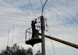 Свердловские энергетики ликвидируют последствия урагана