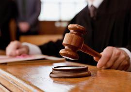 Житель Качканара пойдет под суд за взрыв пороха на балконе