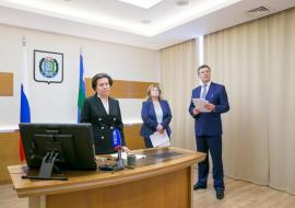 Шувалов пообещал Комаровой новый соцобъект к концу лета