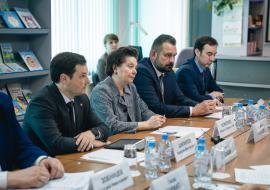 Посол Венгрии предложил Югре модернизацию водопроводов и переработку отходов