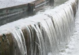 Росприроднадзор наказал МУП «Водоканал» и «Уралхиммаш» за сброс сточных вод в Исеть