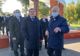Губернаторы УрФО доложили главе Минстроя РФ о реализации нацпроекта «Жилье и городская среда»