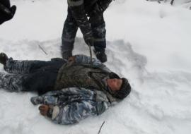 На Ямале рабочий зарубил напарника из-за еды