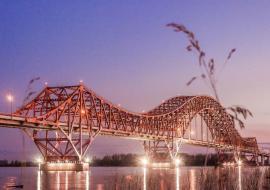 Компания из Москвы сорвала сроки ремонта моста через Иртыш в Ханты-Мансийске