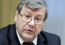 Глава федерального агентства оценил зарплаты в свердловских архивах