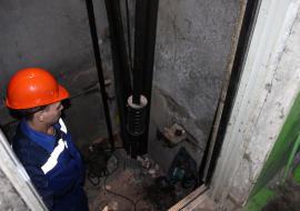 На замену лифтов в Челябинской области потратят 1,4 миллиарда