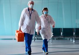 Артюхов ограничил медикам ЯНАО контакты с семьями из-за коронавируса