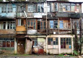 Фонд ЖКХ передаст Курганской области 122 миллиона на расселение аварийных домов