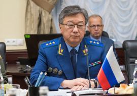 Главному военному прокурору РФ в Екатеринбурге пожаловались на проблемы с жильем и медобеспечением