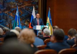 Глава Ханты-Мансийска рассказал жителям о создании «умного города» и реконструкции дорог