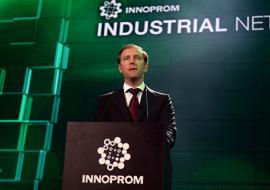 Мантуров потребовал изменить законы под инновационные стартапы