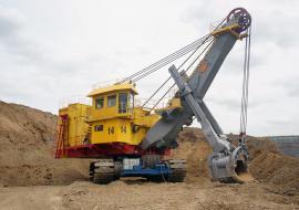 На Кузбассе запустили в работу новый экскаватор «Уралмашзавода»