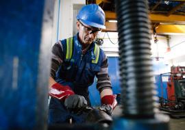 ФНС требует банкротства подрядчика «Роснефти» в ХМАО за долг в 337 миллионов