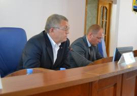 Спикер думы Нефтеюганска ищет способ легализации выплат депутатам
