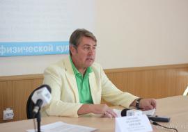 Суд отказался выпускать из-под ареста бывшего ректора УралГУФК