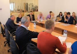 Дума Среднеуральска отложила отставку спикера