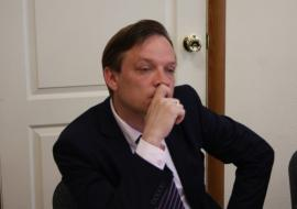 Главу Богдановича выселили из кабинета