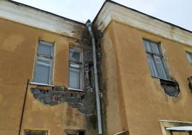 Минздрав пообещал отремонтировать ЦРБ Богдановича после сообщения о забастовке сотрудников
