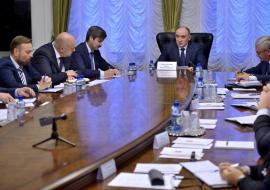 Дубровский отправил челябинских глав на поиск меценатов