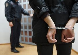 Житель ЯНАО получил 13 лет за изнасилование дочери