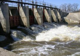 Свердловское Минприроды отправило на ремонт 25 плотин