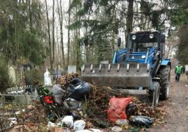 Курганское МКУ задолжало подрядчику 1,7 миллиона за уборку кладбищ