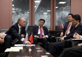 Зарубежные партнеры принесли Дубровскому 1,8 миллиарда