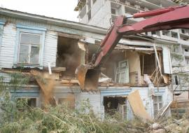 Прокуратура понудила муниципальных чиновников ЯНАО снести аварийные дома
