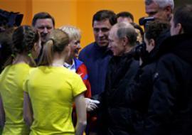 Больше 200 жителей Нижнего Тагила пришли на встречу с Путиным