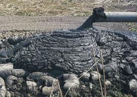 Нефтяников в ХМАО заставили убрать отходы через суд