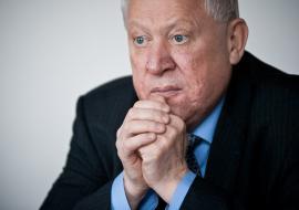 СКР сообщил о возбуждении уголовного дела о взятке на экс-главу Челябинска Тефтелева