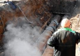 Соцобъекты Кургана остались без воды из-за аварии на сетях