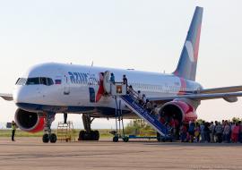 Azur Air массово задерживает рейсы в Турцию и на Кипр из Екатеринбурга