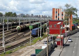 На станции Екатеринбург-Сортировочный произошла утечка бензина