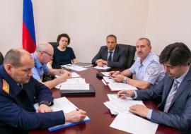 Комарова рассказала Холманских о криминализации экономики в ХМАО